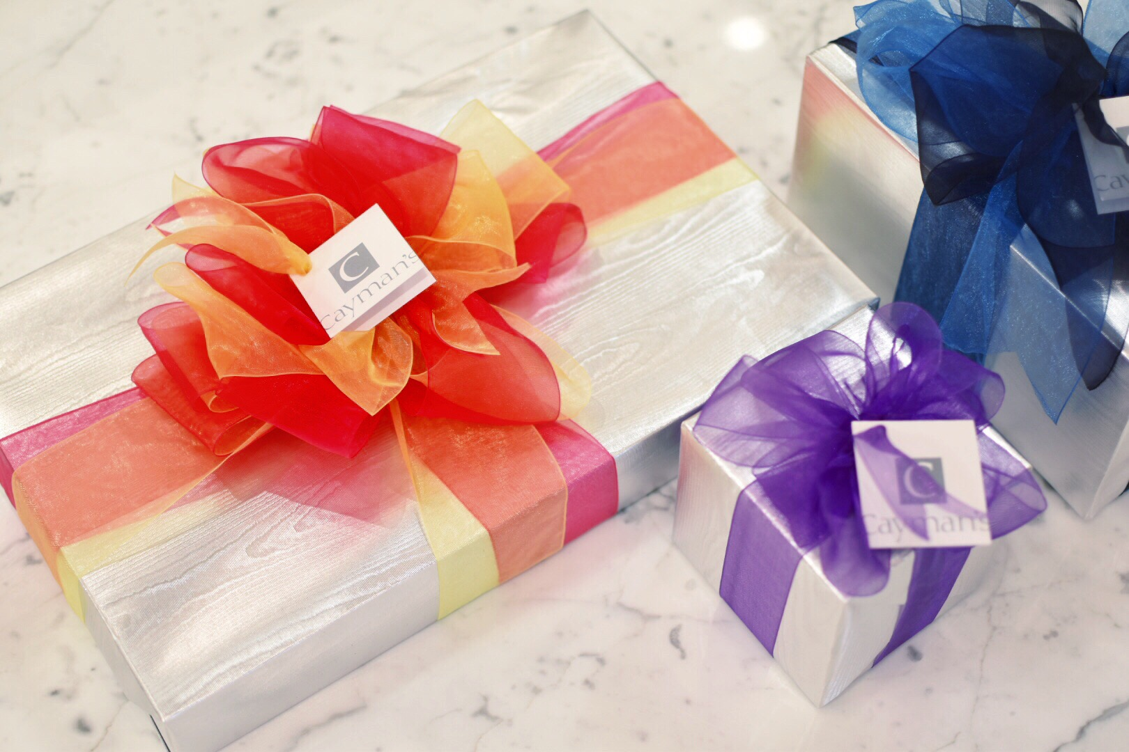 Cayman's Gift Wrap